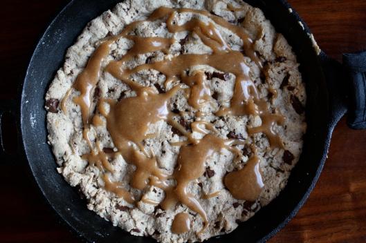 skillet cookie 5