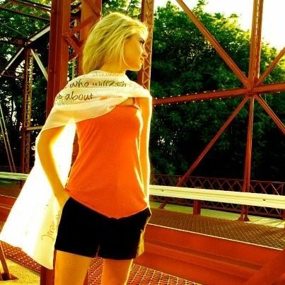 ff4ts-ali-marilyn-bridge-side
